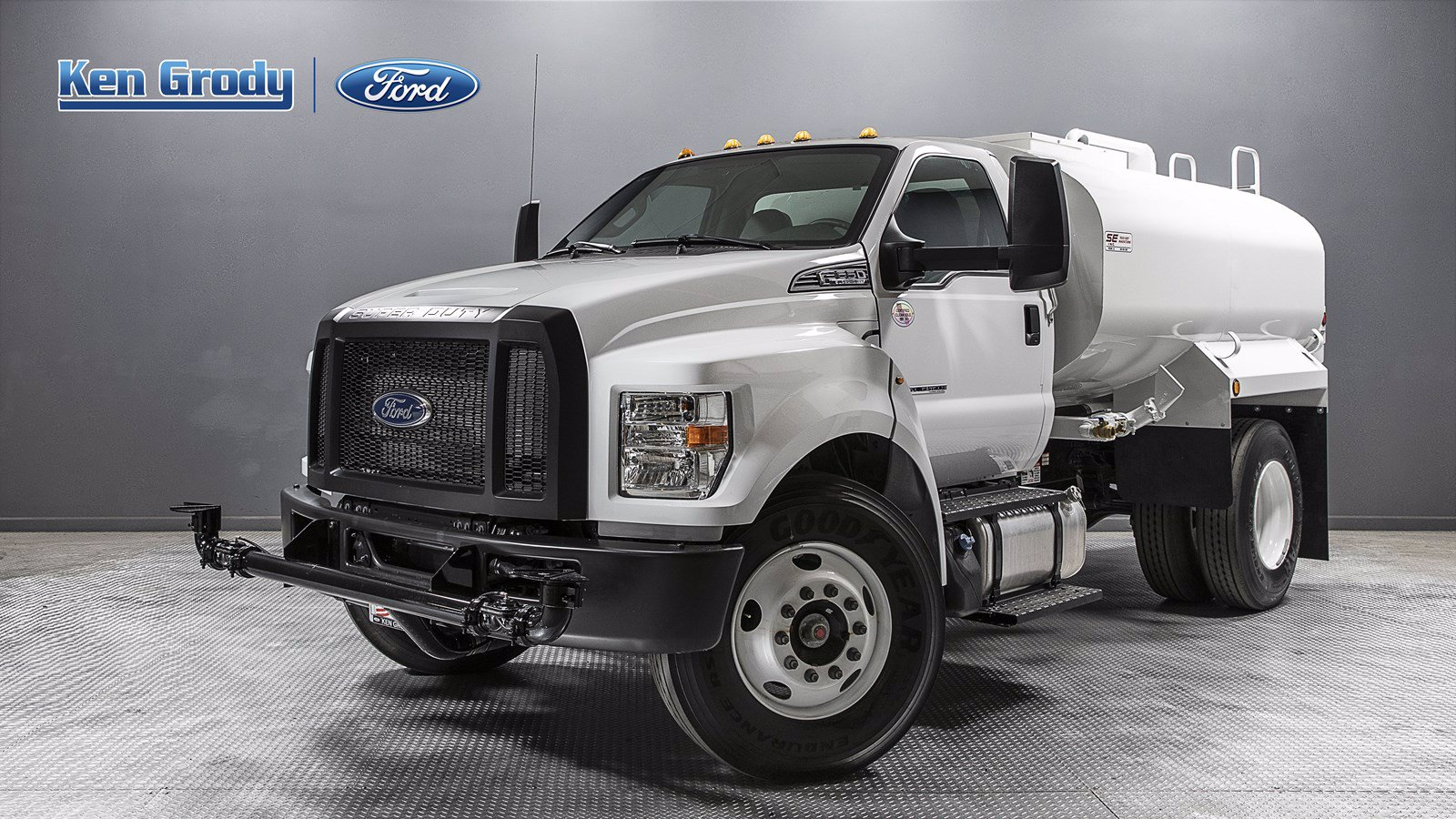New 2019 Ford F650 HGT With 2K Gallon Water Tank